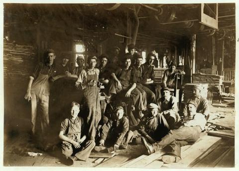 L�tterkusen: Der Erste Mai wird als Tag der Arbeit, Tag der Arbeiterbewegung oder auch als Internationaler Kampftag der Arbeiterklasse bezeichnet.
