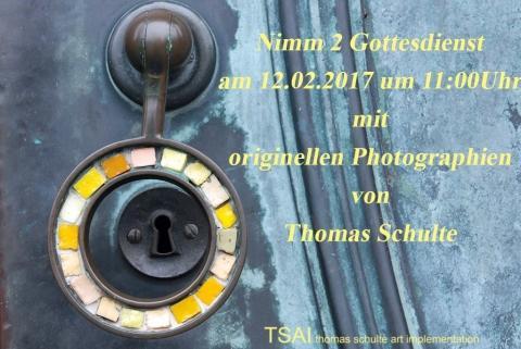Lütterkusen: Türgriff der evangelischen Stadtkirche Lüttringhausen, ein Werk von Ernst Oberhoff. Foto: Thomas Schulte - www.tsaiballs.com
